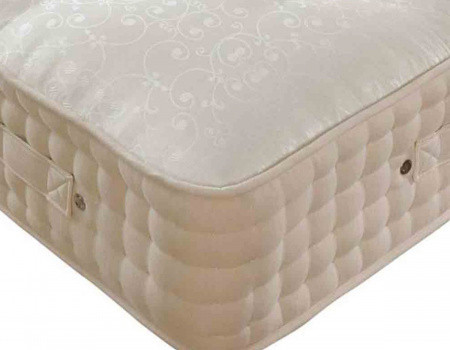Hillary 2000 Hand Tufted Memory Foam Mattress