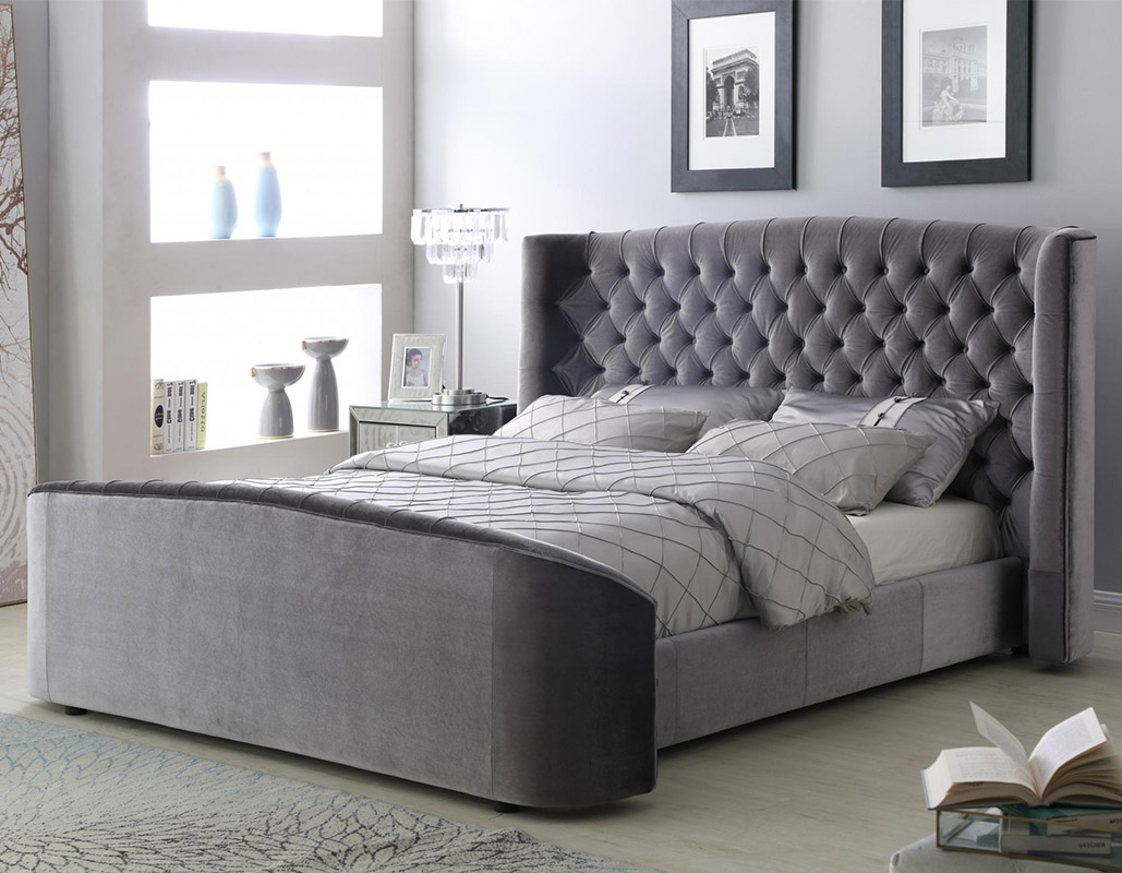 Oregon Silver Velvet Bed Set
